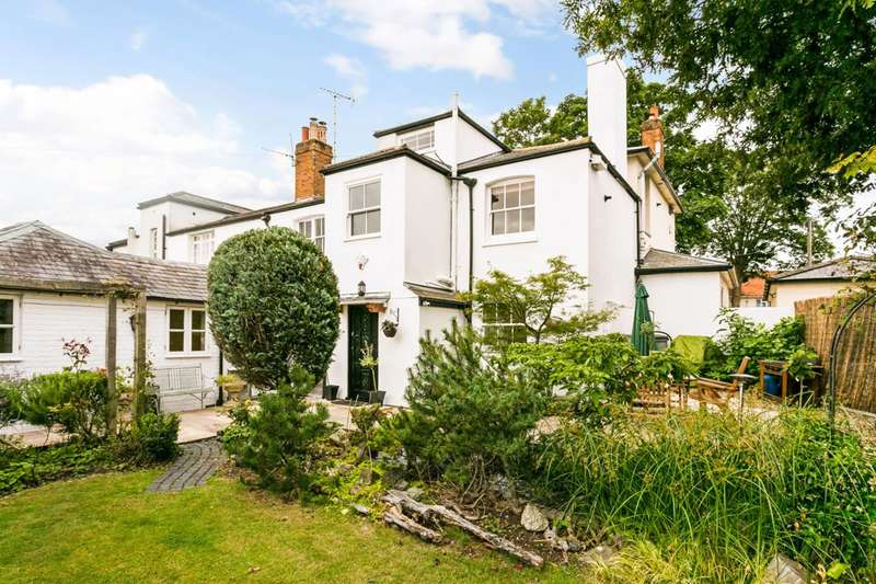 3 Bedrooms Semi Detached House for sale in Ray Mill Road, Maidenhead, SL6