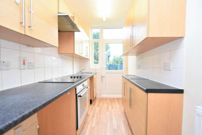 3 Bedrooms House for rent in Blackborne Road, Dagenham, RM10