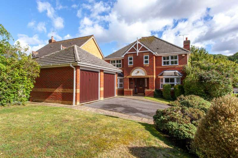 5 Bedrooms Detached House for sale in Rhigos, Emmer Green, Reading