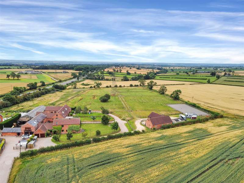 4 Bedrooms Detached House for sale in Oaks Farm Close, Six Hills, Melton Mowbray