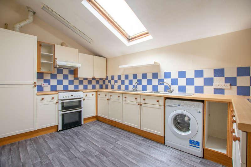 1 Bedroom Ground Flat for rent in Whaddon Drive, Cheltenham GL52 5NB