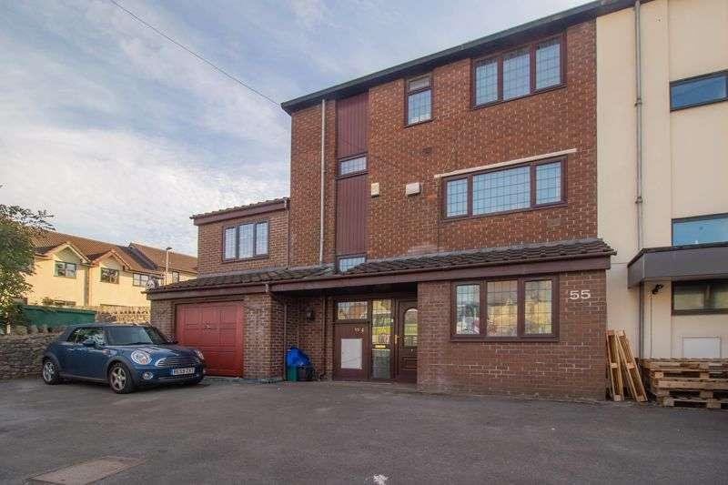 4 Bedrooms Property for sale in Bristol Road, Keynsham