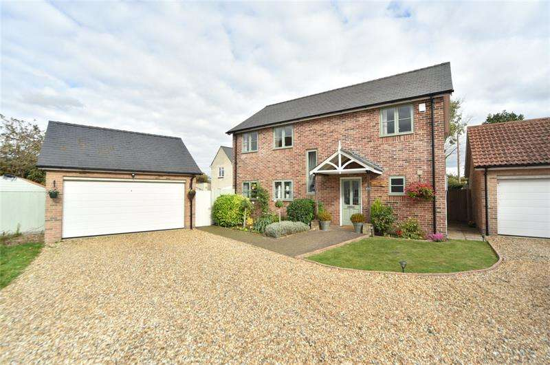 4 Bedrooms Detached House for rent in School Close, West Row, Suffolk, IP28