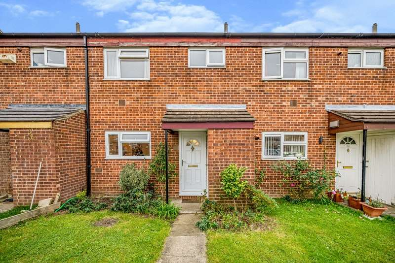 3 Bedrooms Terraced House for sale in Greenside, Slough, Berkshire, SL2