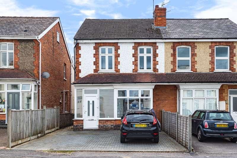 3 Bedrooms Detached House for rent in Prestbury Road, , Prestbury, GL52 2DU