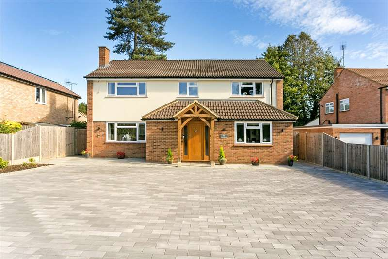 4 Bedrooms Detached House for sale in Long Close, Farnham Common, Buckinghamshire, SL2