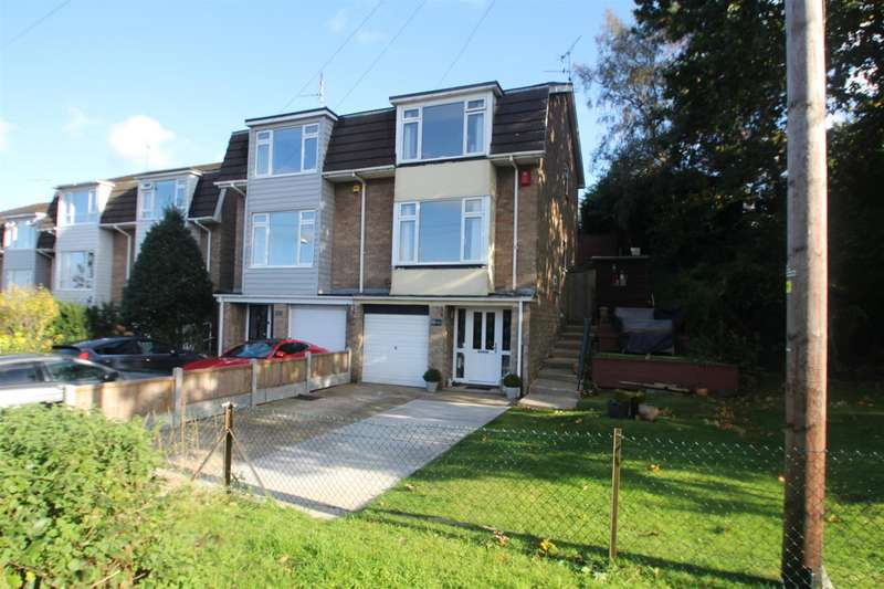 3 Bedrooms Town House for sale in Poyntens, Rayleigh