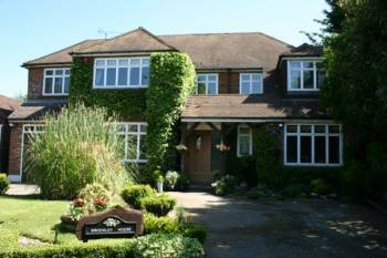 Detached House for sale in Brockley Avenue, STANMORE