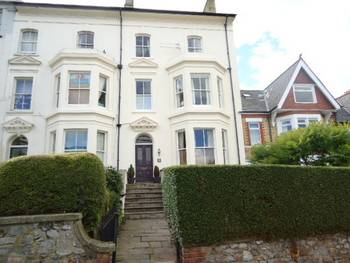 7 Bedrooms Terraced House for sale in Clifton Place, NEWPORT