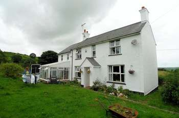 5 Bedrooms Detached House for sale in Groes, Denbigh