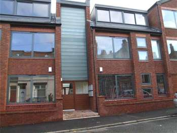 2 Bedrooms Flat for sale in Heald Street, Garston, Liverpool, L19