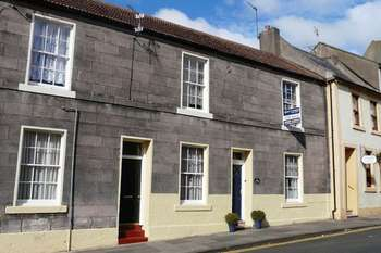 3 Bedrooms Terraced House for sale in Church Street, Berwick-Upon-Tweed