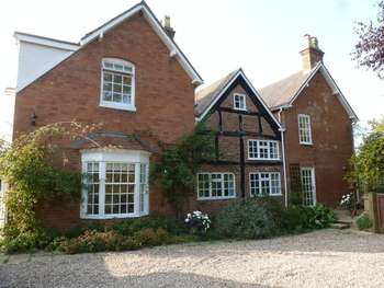 6 Bedrooms Detached House for sale in Barston Lane, Solihull