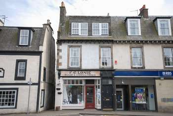 3 Bedrooms Flat for sale in High Street, Aberdour, Fife, KY3 0SH