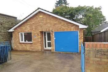 2 Bedrooms Detached Bungalow for sale in CINDERFORD, GLOUCESTERSHIRE