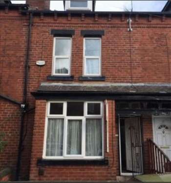 4 Bedrooms Terraced House for sale in Mitford Road, Leeds