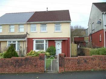 3 Bedrooms Semi Detached House for sale in Emlyn Avenue, EBBW VALE, Blaenau Gwent