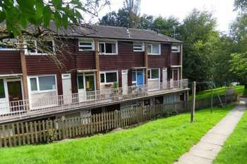 2 Bedrooms Flat for sale in Fairfield, Hebden Bridge