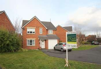 4 Bedrooms Detached House for sale in Tavington Road, Halewood, Liverpool, L26