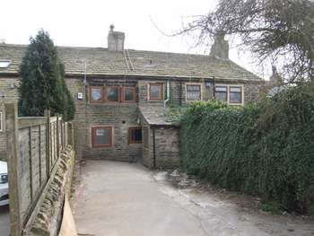 3 Bedrooms Cottage House for sale in School Cote Farm, Holmfield, Halifax, HX3 6SR