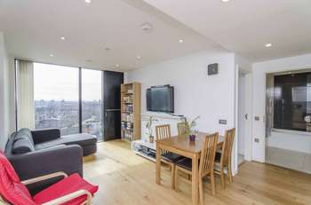 1 Bedroom Flat for sale in Walworth Road, London SE1
