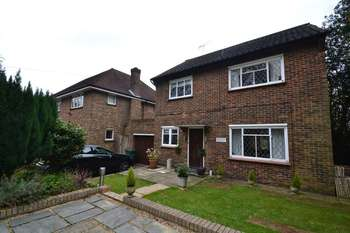 3 Bedrooms Detached House for sale in Orchard Cottage, Arkley Lane EN5