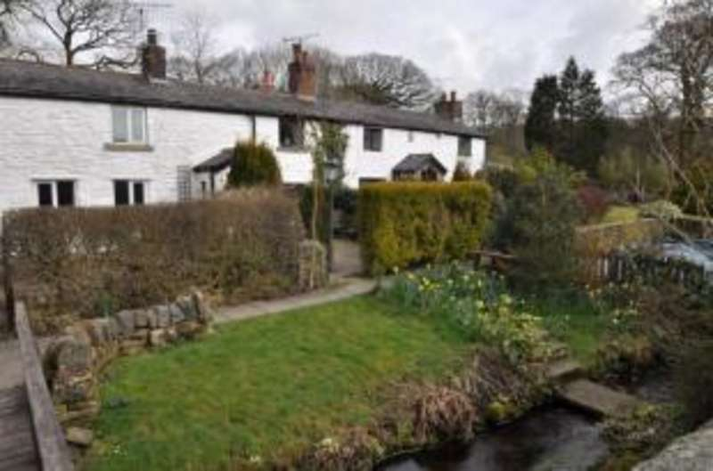 2 Bedrooms Terraced House for sale in Brookside Cottages, Coppice Lane, White Coppice, Chorley