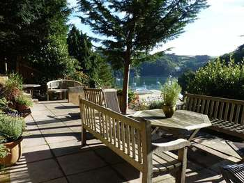 3 Bedrooms Detached House for sale in Warfleet, Dartmouth