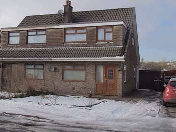 3 Bedrooms Semi Detached House for sale in Rose Avenue, Littleborough