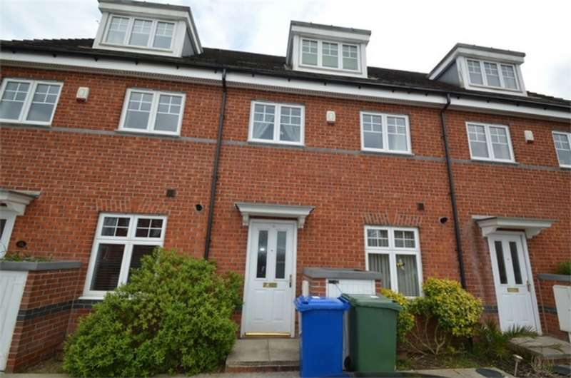3 Bedrooms Semi Detached House for sale in Oakwood Grove, Radcliffe, MANCHESTER, Lancashire