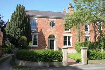 6 Bedrooms House for sale in Long Lane, Aughton