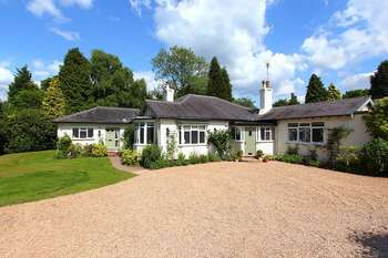 3 Bedrooms Detached Bungalow for sale in ALBRIGHTON, Kingswood