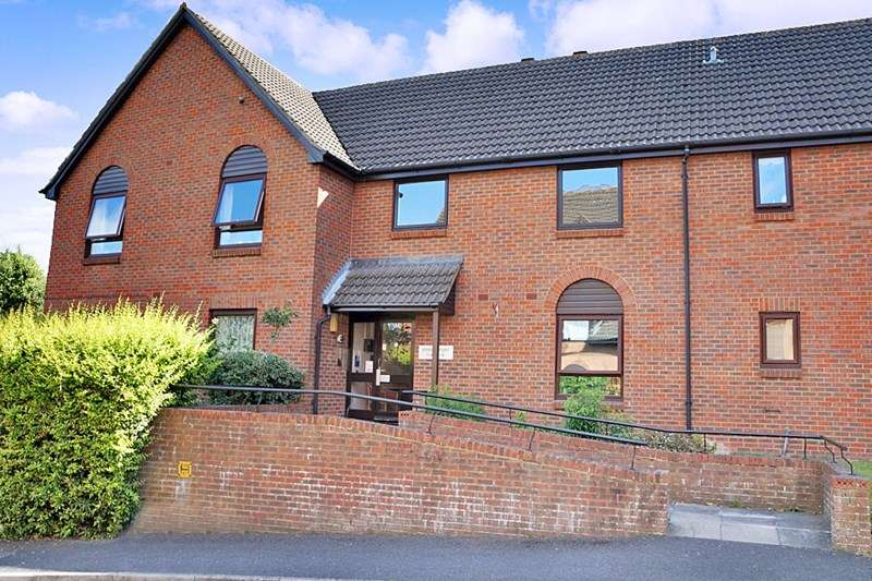 1 Bedroom Retirement Property for sale in Ashridge Court, Newbury, RG14 7LL
