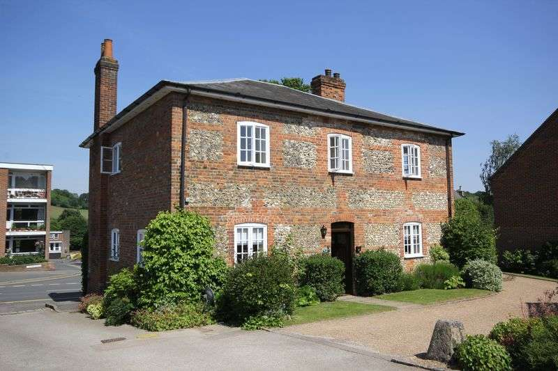 2 Bedrooms Flat for sale in Old Town Farm, Great Missenden