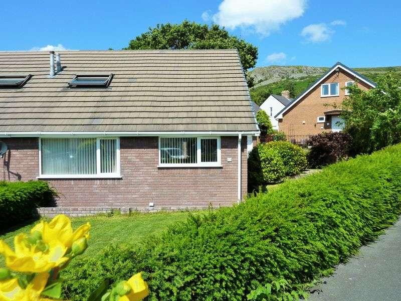 3 Bedrooms Semi Detached Bungalow for sale in Cae America, Llanfairfechan