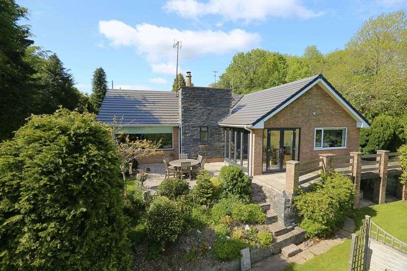 3 Bedrooms Detached Bungalow for sale in Llandegla, Wrexham