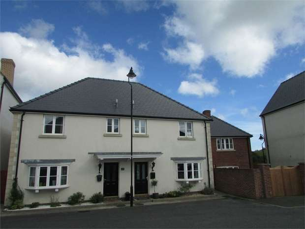 3 Bedrooms Semi Detached House for sale in Pitchford Lane, Llandarcy, Neath, West Glamorgan