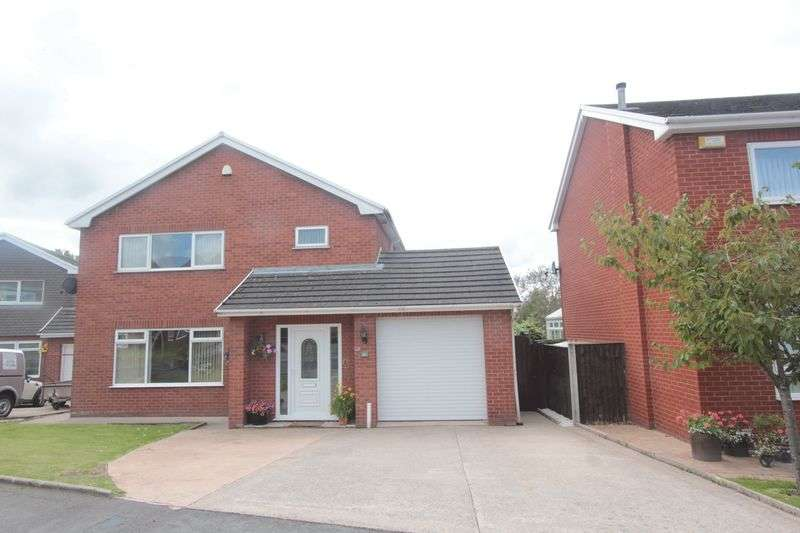 4 Bedrooms Detached House for sale in Bryn Coed, St. Asaph
