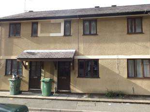 3 Bedrooms Terraced House for sale in Mount Street, Bangor, Gwynedd, LL57