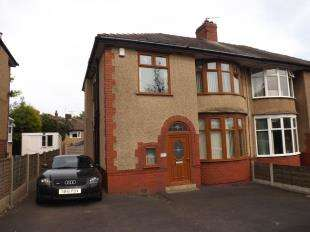 3 Bedrooms Semi Detached House for sale in Buncer Lane, Blackburn, Lancashire, BB2
