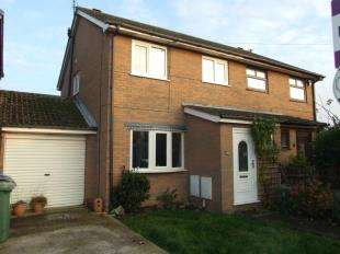 3 Bedrooms Semi Detached House for sale in Elder Close, Warton, Preston, Lancashire, PR4