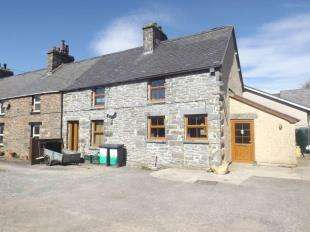 3 Bedrooms End Of Terrace House for sale in Jones Terrace, Cerrigydrudion, Corwen, Conwy, LL21