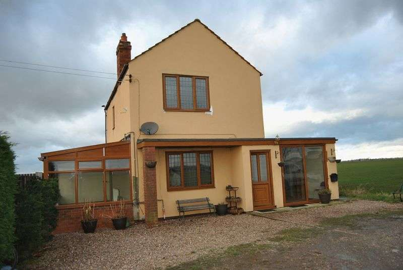 3 Bedrooms Detached House for sale in Keadby, Scunthorpe