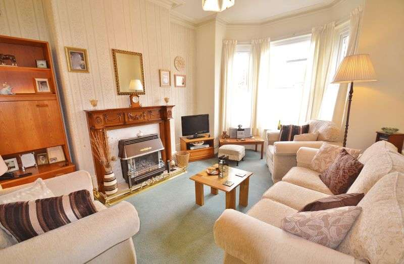 4 Bedrooms Terraced House for sale in Liverpool Road, Eccles