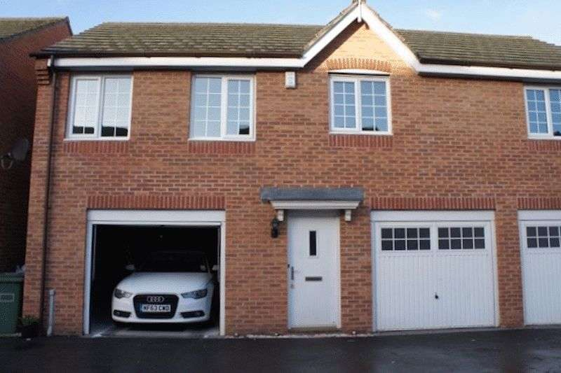 2 Bedrooms Semi Detached House for sale in Radulf Gardens, Liversedge