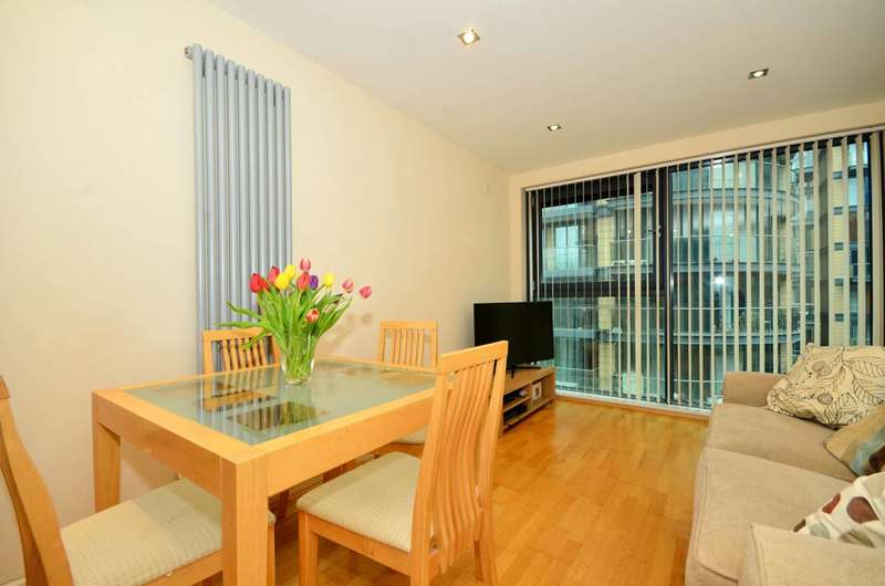 1 Bedroom Flat for sale in Millharbour, Canary Wharf, E14