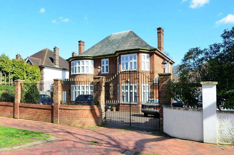 5 Bedrooms House for sale in Broad Walk, Winchmore Hill, N21