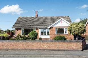 4 Bedrooms Bungalow for sale in Stock Lane, Wybunbury, Nantwich, Cheshire