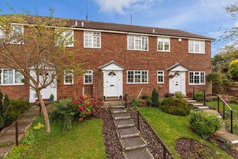 3 Bedrooms House for sale in Alderley Court, Berkhamsted