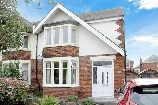 4 Bedrooms Semi Detached House for sale in Walpole Avenue, Blackpool, Lancashire